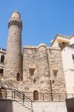 La moschea ed il minareto hanno costruito nel 1078-1079, a Bacu, l'Azerbaigian Icheri Shahar Immagine Stock