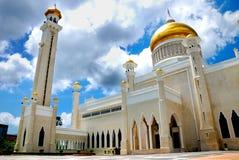 la mosquée Omar d'ali saifuddien images stock