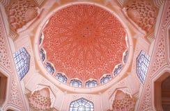 La mosquée ou le Masjid Putra de Putra ; la mosquée principale de Putrajaya, Malaisie Photos libres de droits