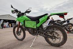 La moto électrique qui a voyagé de Changhaï à Milan photographie stock