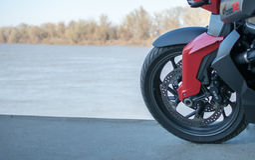 La moto de BMW de sport a photographié extérieur Image stock