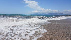 La mousse d'été de mer ondule à Prévéza Grèce photos stock