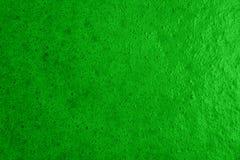 La mousse dans la préparation du vert a coloré la confiture de baie Images libres de droits