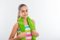 La muchacha adolescente sonriente entra para los deportes Fotografía de archivo