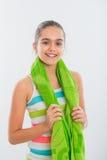La muchacha adolescente sonriente entra para los deportes Fotos de archivo