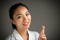 La muchacha asiática atractiva 20 años tiró en estudio Imágenes de archivo libres de regalías