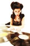 La muchacha con análogo del phonography registra al amante de la música Foto de archivo libre de regalías