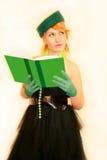La muchacha con el libro Imagenes de archivo