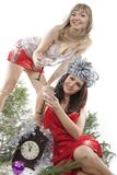La muchacha de dos amigos celebra Año Nuevo. Imagen de archivo libre de regalías