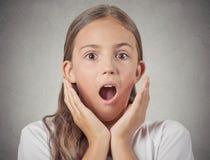La muchacha del adolescente chocó sorprendido Foto de archivo