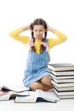 La muchacha del adolescente tiene problemas en la educación Imágenes de archivo libres de regalías