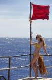 La muchacha en el embarcadero Foto de archivo libre de regalías