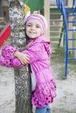 La muchacha en el patio Imagen de archivo libre de regalías