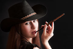 La muchacha en un sombrero de vaquero Foto de archivo libre de regalías