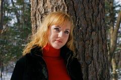 La muchacha hermosa joven imágenes de archivo libres de regalías