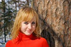La muchacha hermosa joven foto de archivo libre de regalías