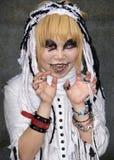 La muchacha japonesa presenta en el equipo de Cosplay en Tokio Fotos de archivo libres de regalías