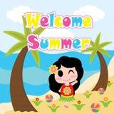 La muchacha linda es feliz en historieta de la playa, la postal del verano, el papel pintado, y la tarjeta de felicitación Foto de archivo