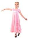 La muchacha parece una princesa In Pink. Imagenes de archivo
