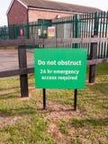 la muestra verde hace ningún obstruye 24 accesos de la emergencia de la hora requeridos Imagenes de archivo