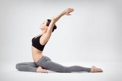 La mujer de la yoga Imágenes de archivo libres de regalías
