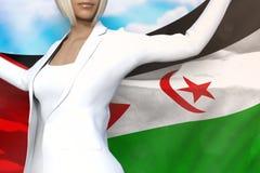 La mujer de negocios atractiva sostiene la bandera en manos detrás de su parte posterior en el fondo del cielo azul - ejemplo de stock de ilustración