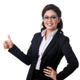 La mujer de negocios del éxito manosea con los dedos para arriba Fotografía de archivo libre de regalías