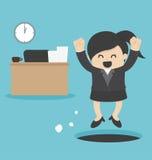 La mujer de negocios se escabulle hacia fuera trabajo Imagen de archivo libre de regalías