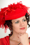 La mujer está en sombrero rojo Fotos de archivo