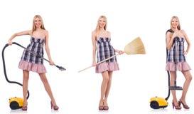 La mujer hermosa en concepto housecleaning foto de archivo libre de regalías