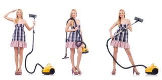 La mujer hermosa en concepto housecleaning imagenes de archivo