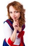 El marinero atractivo con guarda un gesto del silencio Imagen de archivo