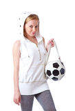 La mujer joven con un bolso formó como un balón de fútbol Fotografía de archivo