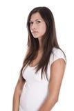 La mujer joven hermosa aislada con el pelo largo está pensando alrededor Imagen de archivo