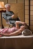 La mujer necesita terapia profesional Imagen de archivo libre de regalías