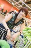 La mujer odia hacer compras Fotografía de archivo libre de regalías
