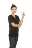 La mujer piensa en idea con la camiseta Imagenes de archivo