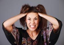 La mujer tensionada va loca Imágenes de archivo libres de regalías