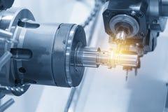 La multi macchina del tornio di CNC di funzione immagini stock libere da diritti