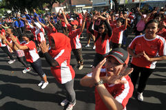 La multitud de destello durante el coche libera día Imagen de archivo libre de regalías