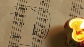 La musica nota gli strati e le candele video d archivio