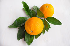 La naranja está en el corazón fotos de archivo