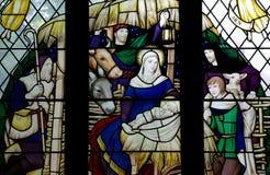 La natività (nascita di Gesù) in vetro macchiato immagine stock libera da diritti