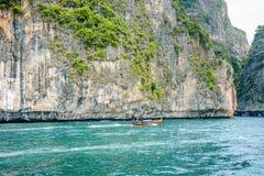 La naturaleza hermosa en Phi Phi Island, Tailandia imagenes de archivo