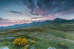 La nature devient belle dans les montagnes de Léon Photo stock
