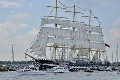 La nave alta di Kruzenshtern sul fiume di Ij Immagine Stock Libera da Diritti