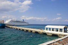 La nave atracó en Cozumel, México, del Caribe Foto de archivo libre de regalías
