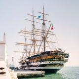 La nave del ` di Amerigo Vespucci del ` della marina italiana Immagini Stock