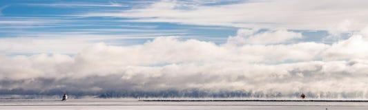 La nave del fantasma en la niebla Fotografía de archivo