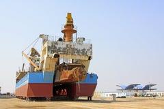 La nave era nell'ambito della riparazione nel bacino Immagine Stock
